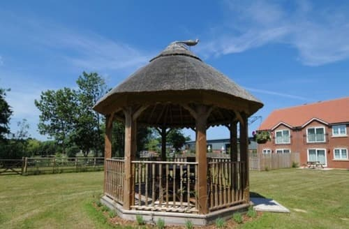 Big Cottages - Delightful Huntworth Cottage S44684