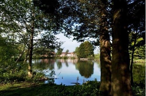 Last Minute Cottages - Tasteful Huntworth Lodge S44688