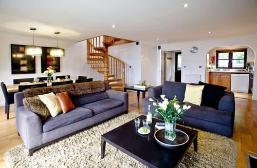 Big Cottages - Quaint Burlawn Lodge S44838