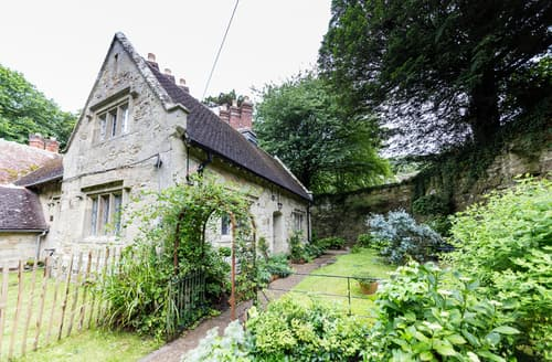Big Cottages - Beautiful Bonchurch Cottage S50410