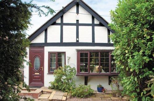 Last Minute Cottages - Quaint Whitstable Cottage S13679