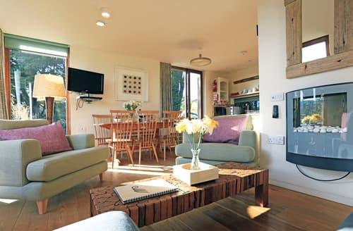 Big Cottages - Luxury Mawgan Porth Lodge S60047