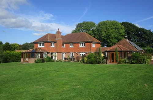 Big Cottages - Beautiful Godshill Cottage S70557