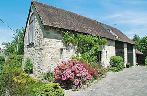 Last Minute Cottages - Beautiful Mere Cottage S13723