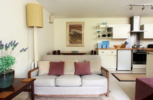 Last Minute Cottages - Beautiful Higher Bockhampton Cottage S74527