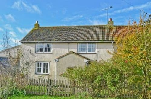 Last Minute Cottages - Captivating Royal Wootton Bassett Cottage S13735