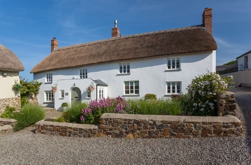 Big Cottages - Delightful Huntshaw Cottage S76168