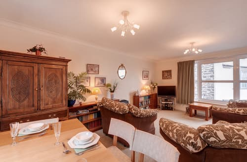 Last Minute Cottages - Excellent Barbican Apartment S76195