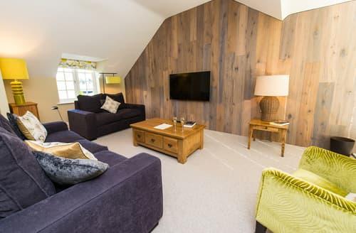 Last Minute Cottages - Luxury Scarborough Cottage S76210