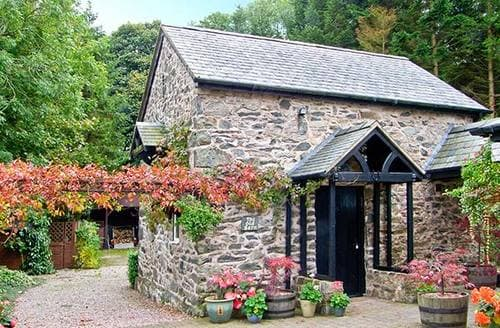 Last Minute Cottages - The Old Barn