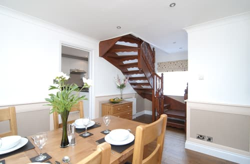 Big Cottages - Gorgeous Wootton Bridge Cottage S76289
