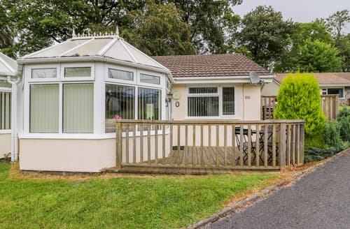 Last Minute Cottages - Tyglyn Vale Meadow