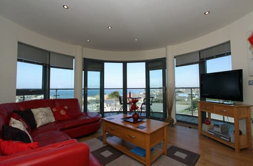 Last Minute Cottages - Attractive Newquay Apartment S76360