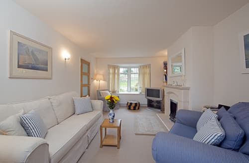 Big Cottages - Attractive Seaview Cottage S76497
