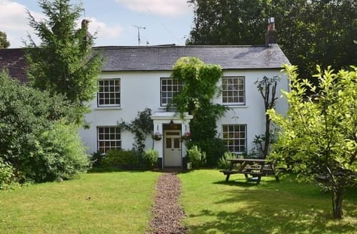 Last Minute Cottages - ROSEMARY COTTAGE