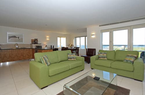 Last Minute Cottages - Charming Newquay Apartment S76604