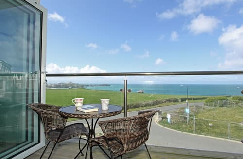 Last Minute Cottages - Beautiful Porth Apartment S76729