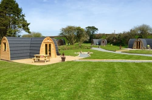 Last Minute Cottages - Gorgeous Mawnan Smith Lodge S77863