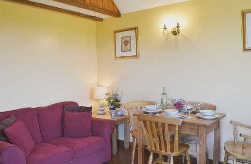 Last Minute Cottages - SHIRE STABLES