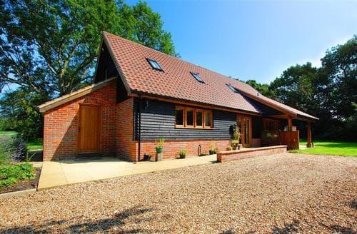 Last Minute Cottages - Ruston Lodge