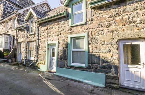 Last Minute Cottages - Edrydd