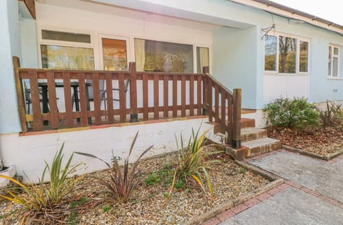Last Minute Cottages - Valley Grove 2