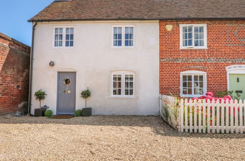 Last Minute Cottages - 1 Baytree Cottage