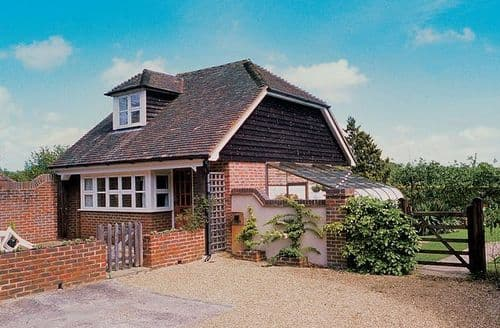 Last Minute Cottages - Gorgeous Uckfield Cottage S14029