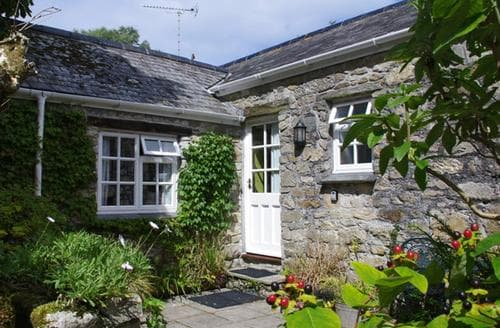 Last Minute Cottages - Cosy St Columb Cottage S42851