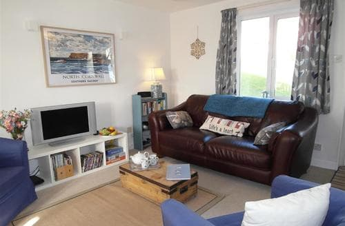 Last Minute Cottages - Lovely Padstow Cottage S42672