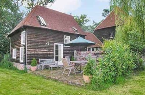 Last Minute Cottages - HARTS BARN