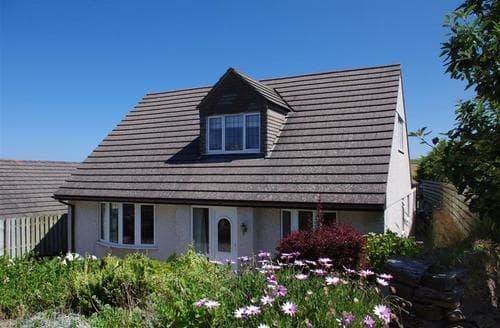 Last Minute Cottages - Lovely Trevone Bay Cottage S42668