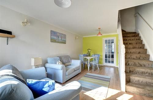 Last Minute Cottages - Charming Padstow Cottage S42935