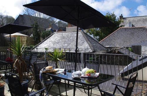 Last Minute Cottages - Quaint Padstow Apartment S42716