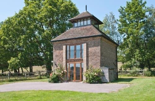Last Minute Cottages - THE WATERTOWER
