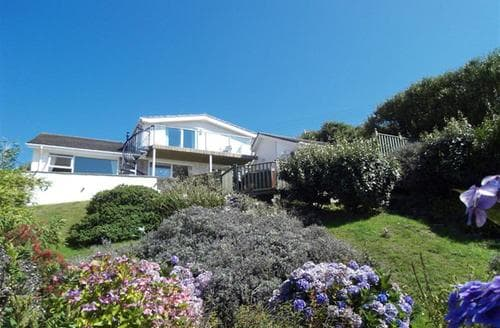 Last Minute Cottages - Stunning Mawgan Porth Cottage S43019