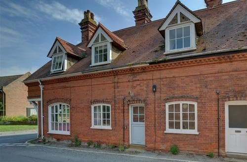 Last Minute Cottages - Charming Orford Rental S10079