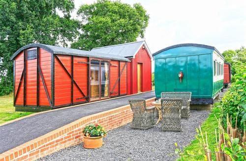 Big Cottages - Luxury Brockford Green Cottage S60527