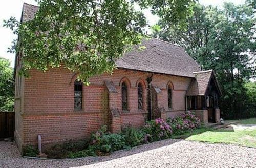 Last Minute Cottages - CURBRIDGE CHAPEL