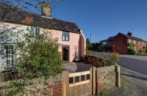 Last Minute Cottages - Alde End Cottage