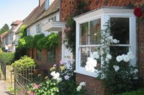 Last Minute Cottages - Amberstone Cottage