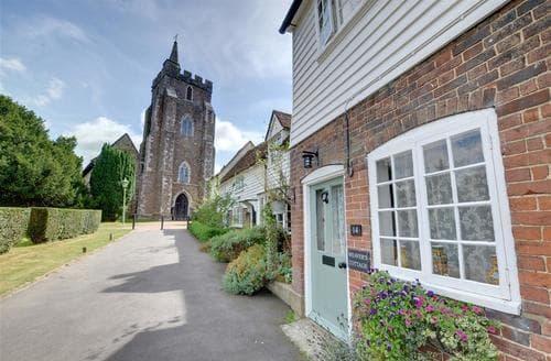 Last Minute Cottages - Delightful Rolvenden Cottage S69860