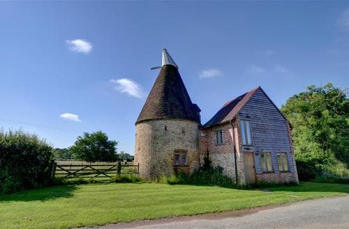 Last Minute Cottages - Gorgeous Headcorn Rental S10381