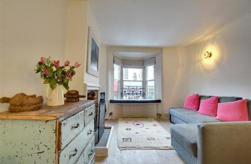 Last Minute Cottages - Beautiful Brighton Apartment S75220