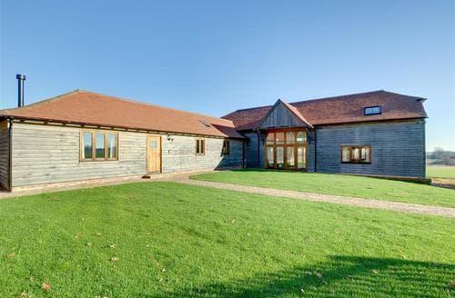 Last Minute Cottages - Luxury Tenterden Cottage S77473