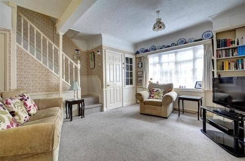 Last Minute Cottages - Excellent Brighton Rental S12669