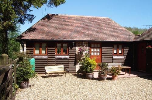 Last Minute Cottages - Superb West Farleigh Rental S10557