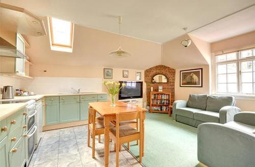 Last Minute Cottages - Cosy Hove Rental S12666