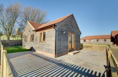 Last Minute Cottages - Quaint Tenterden Cottage S77178