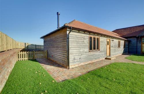 Last Minute Cottages - Delightful Tenterden Cottage S77180
